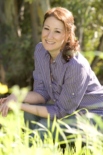 Kathy Gruver headshot color resized 600