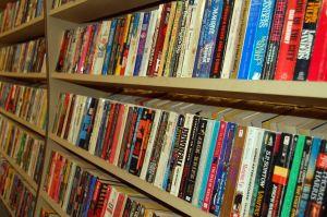 paperback books 871147 m